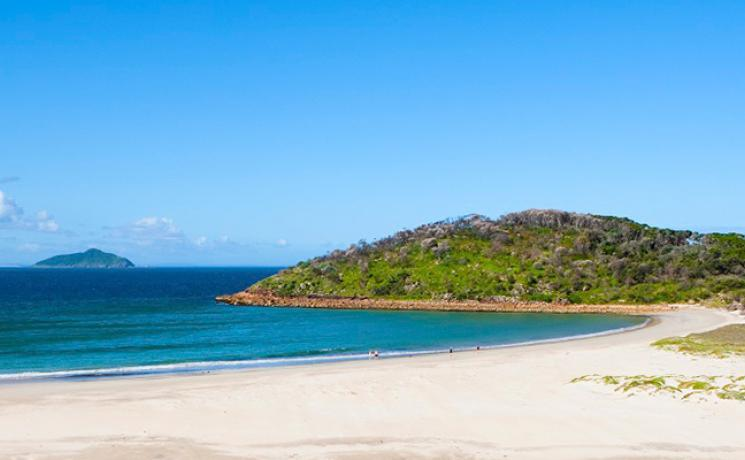 Scenic beach at Port Stephens