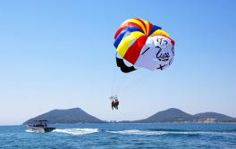 Parasailing, Port Stephens